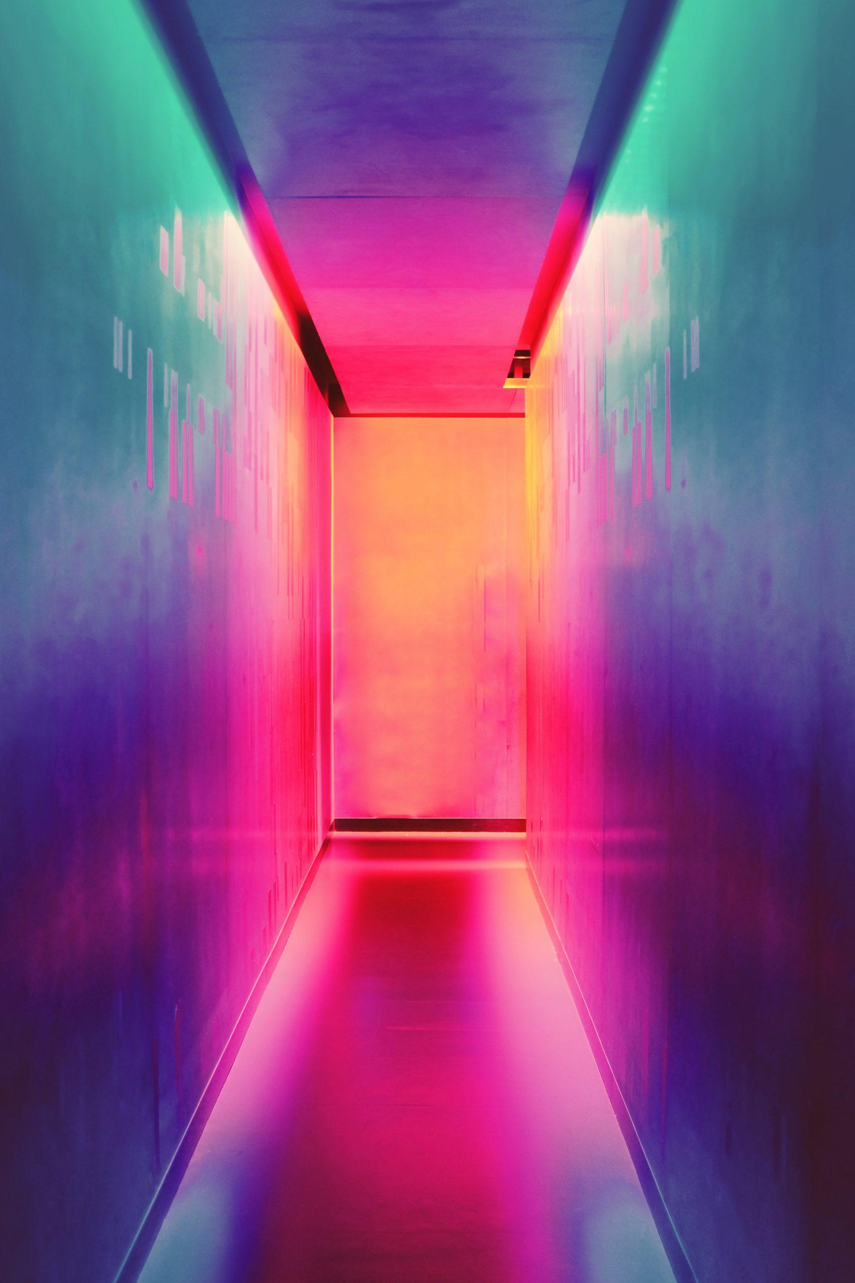 wallpaper Multicolored hallway
