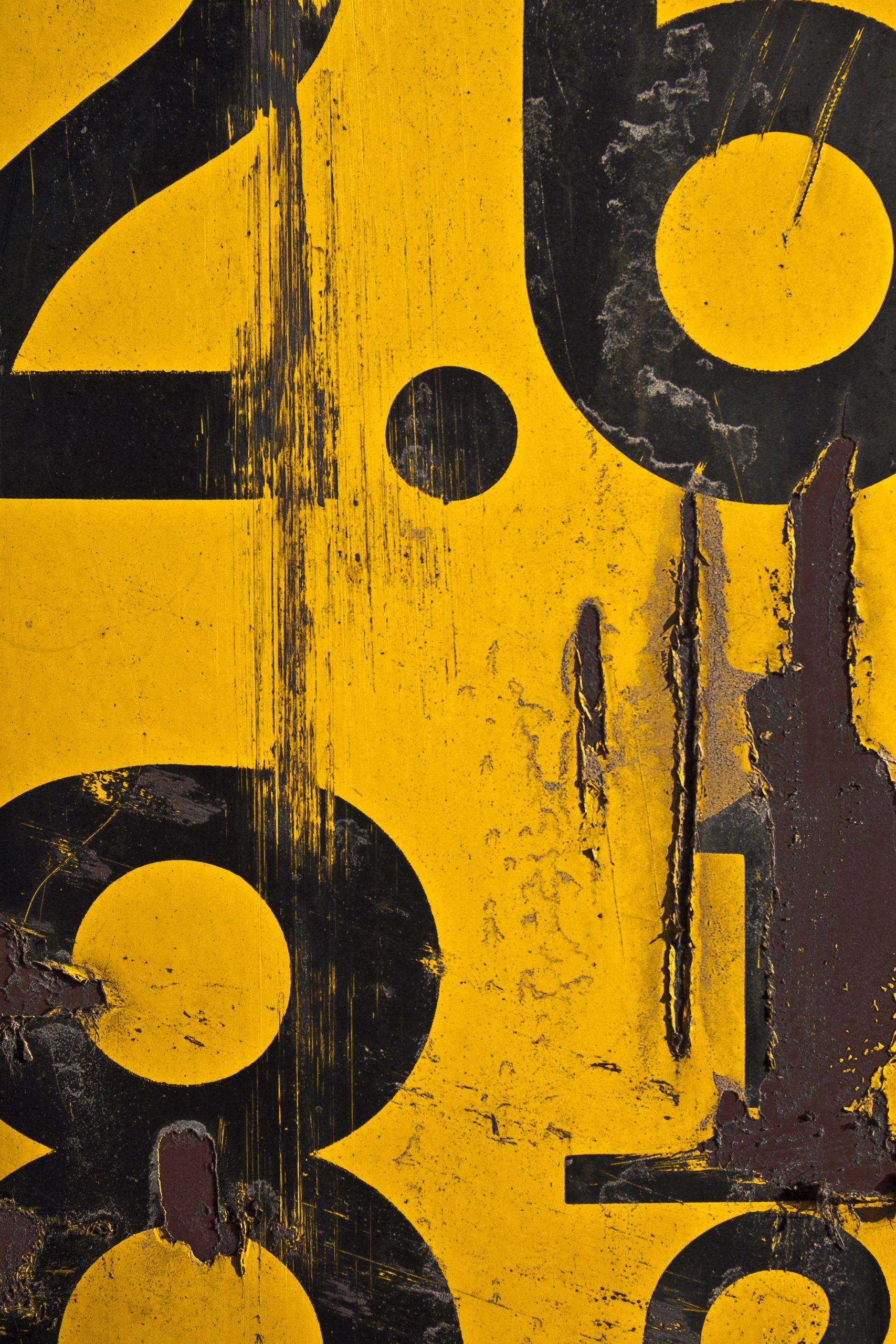 wallpaper Metric Alphabet