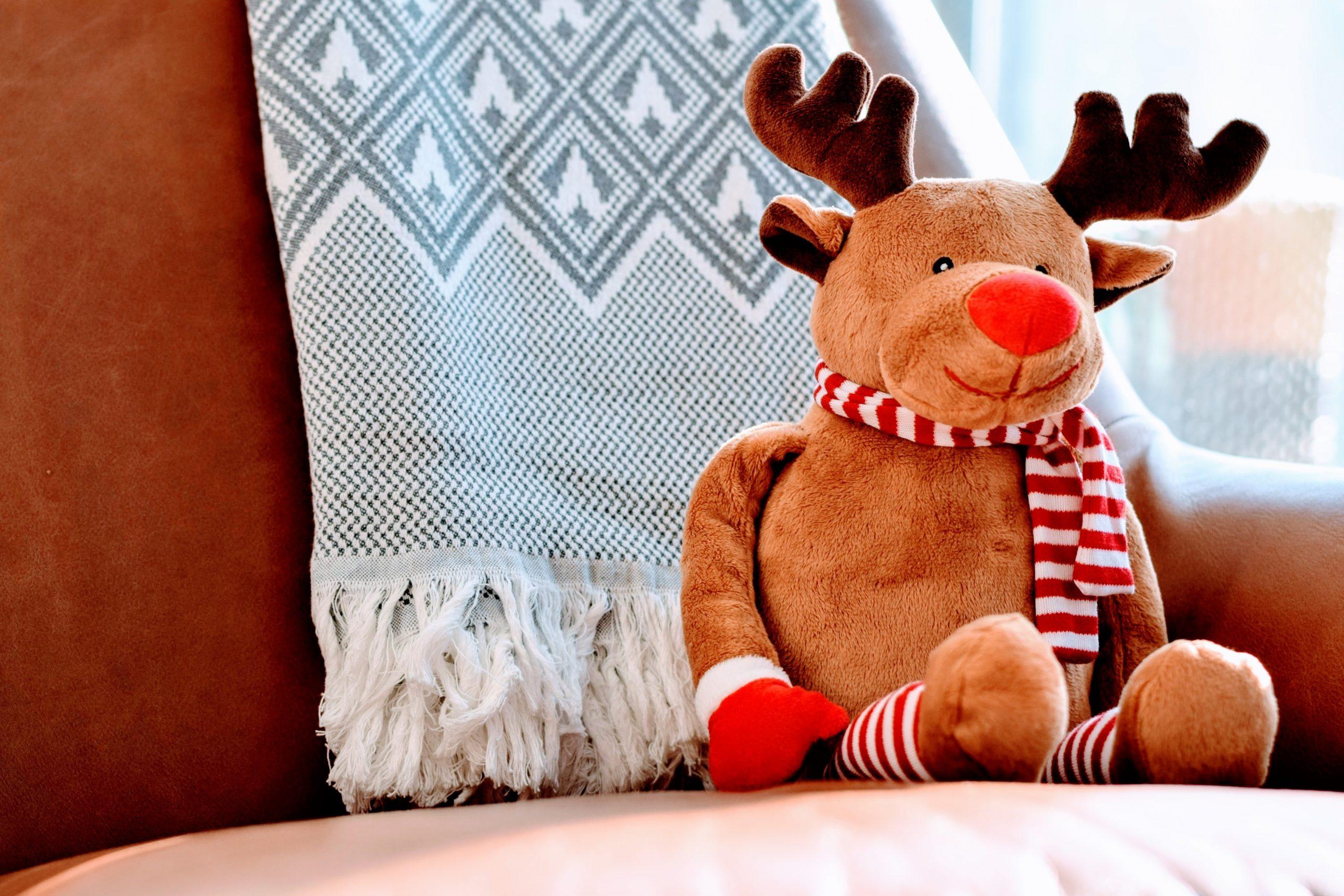 wallpaper Brown deer plush toy