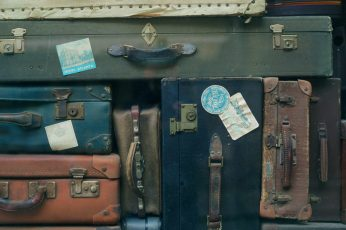 Vintage luggage wallpaper