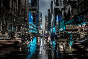New York city 3D wallpaper, high rise buildings and busy street wallpaper