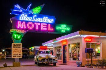 Blue Swallow Motel neon light signage, 1980s, vintage, illuminated wallpaper
