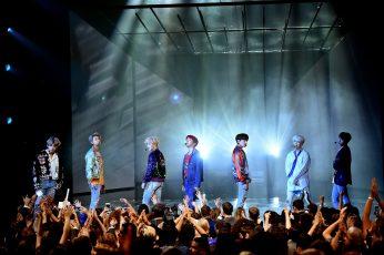 BTS Jin wallpaper, bts, Jhope, Jungkook, Taehyung, RM , Suga, Jimin, crowd