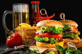 Fast food, junk food, hamburger, sandwich, beer, finger food wallpaper