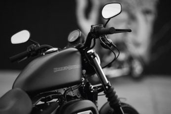 Heavy bike wallpaper, Harley-Davidson, Harley Davidson, monochrome, wires
