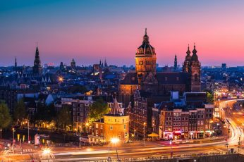 Amsterdam wallpaper, Noord-Holland, aereal photographyof cathedral, Nederland