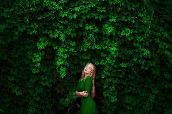 Wallpaper Women's Green Elbow Sleeved Dress