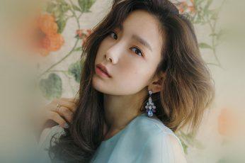 Wallpaper Kpop, Snsd, Taeyeon, Flower, Girl