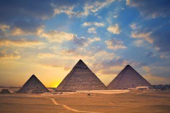 Wallpaper The Pyramids Of Giza, Egypt, Desert