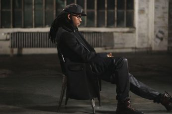 Wallpaper 2 Chainz, Men's Black Suit And Black Fitted Cap,