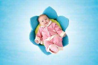 Wallpaper Cute Newborn Baby